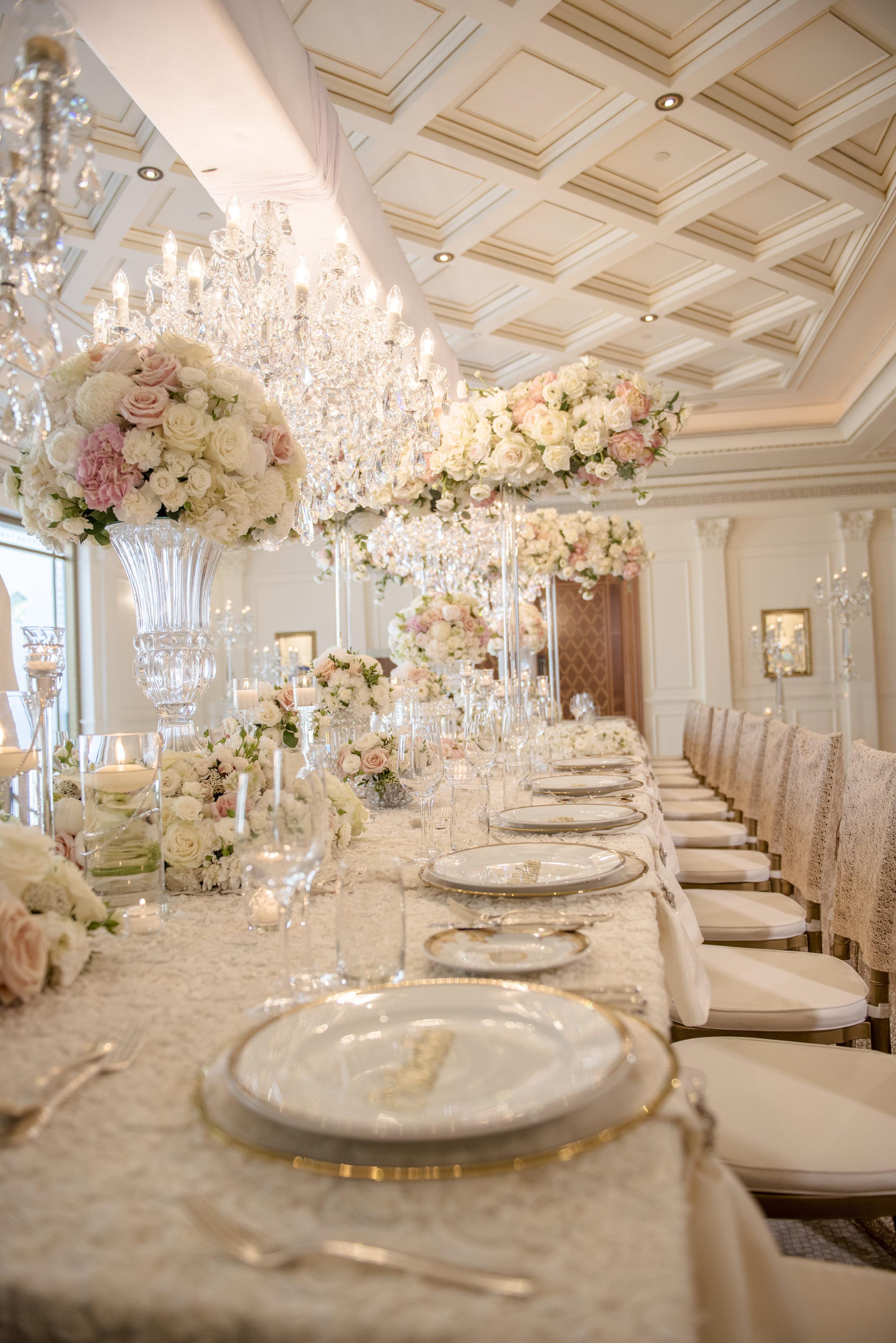 Hire_Ivory_rose_luxury_linen_sydney_wedding_decor_event_Versace_Decor_gold_plates_cutlery.jpg
