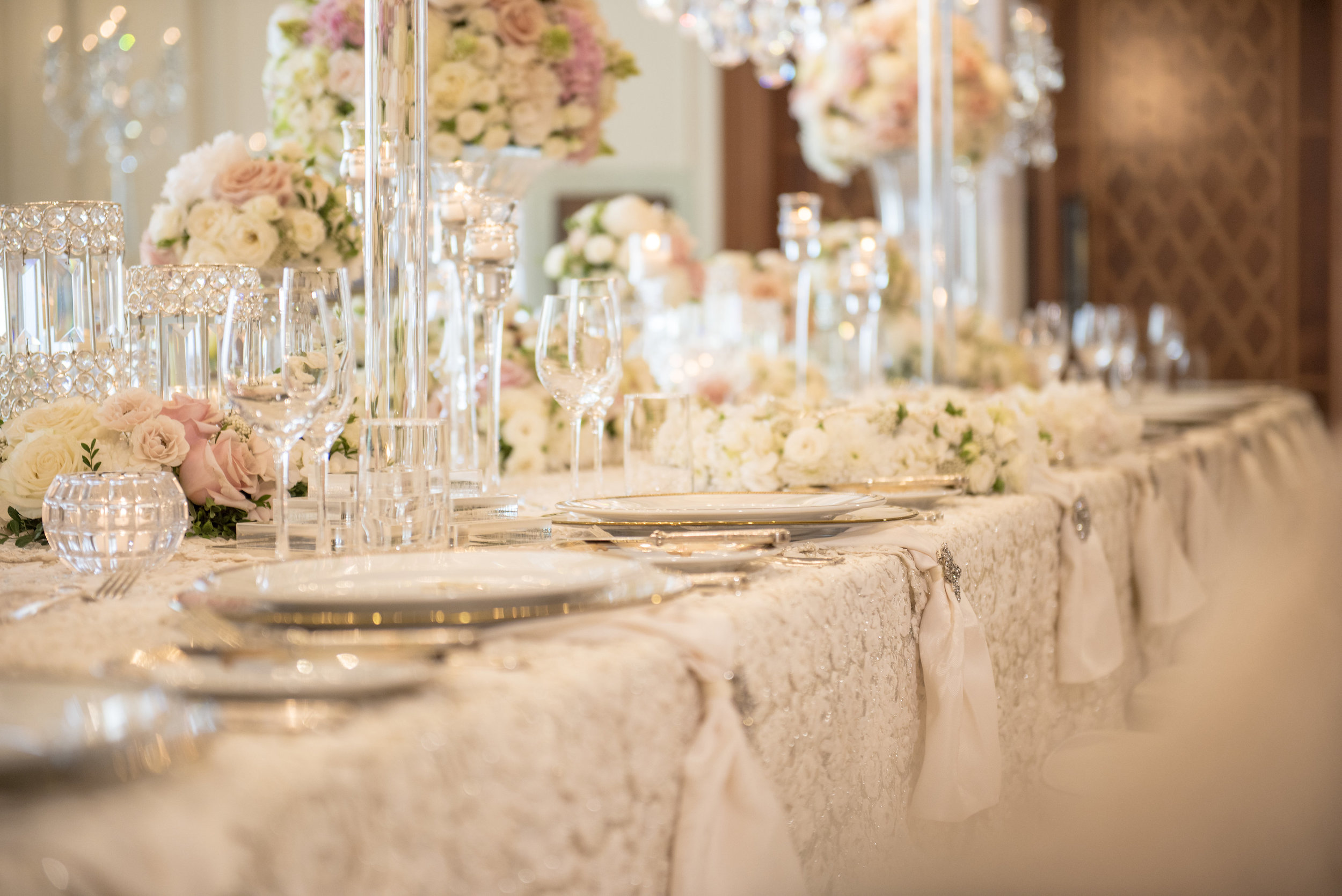 Hire_Ivory_rose_luxury_linen_sydney_wedding_decor_event_Versace_Decor_table_setting_gold_charger_plates_crystal.jpg