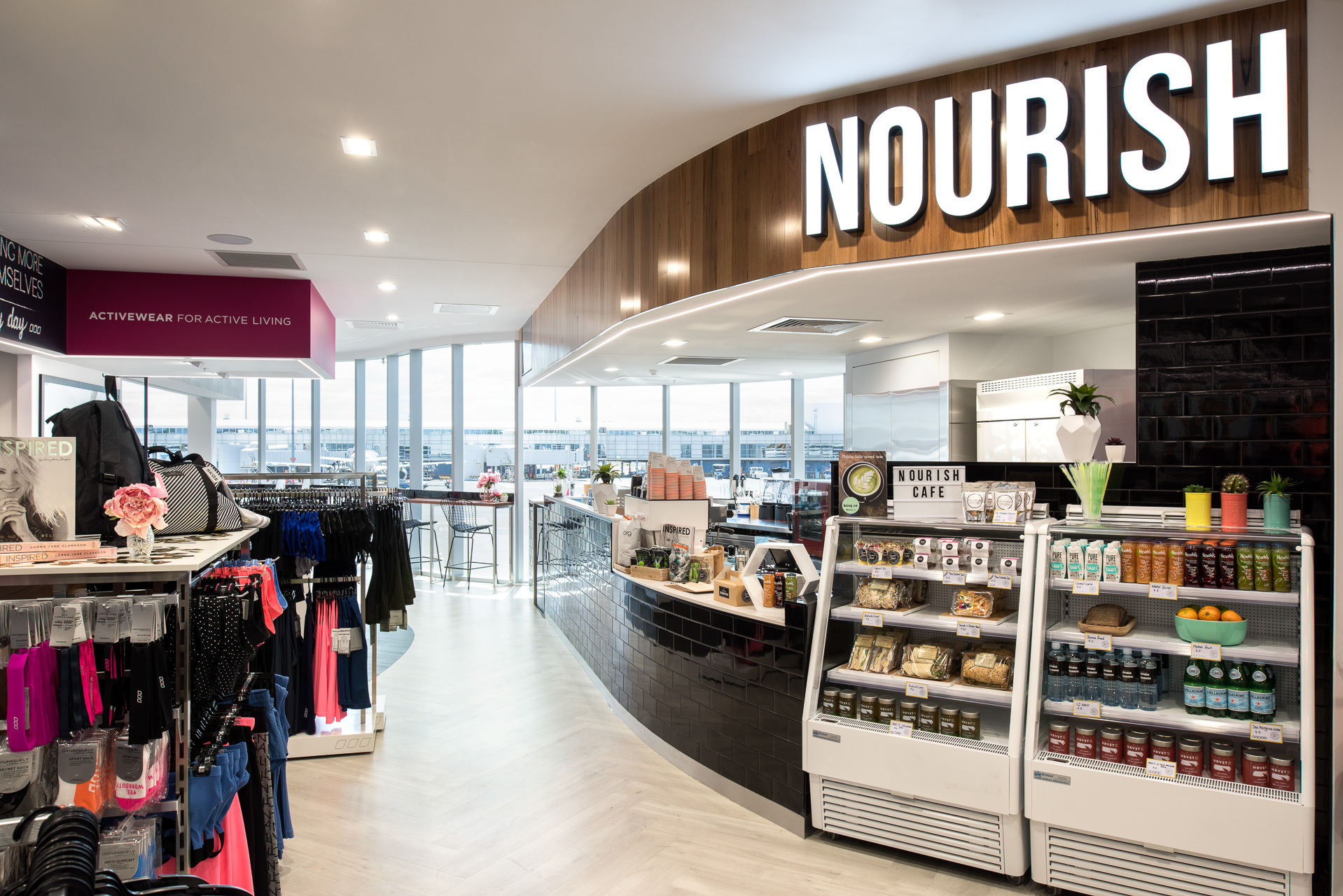 Travel Tip - It can be so hard to eat well on the go.  Airports are the worst offenders! So if you're in Sydney T2 Domestic Terminal stop by the Lorna Jane Nourish Cafe and pick up your Chia Pod and Turmeric Latte to go! No more Ham-and-Cheese-2-day-old-toastie!  #yumontherun