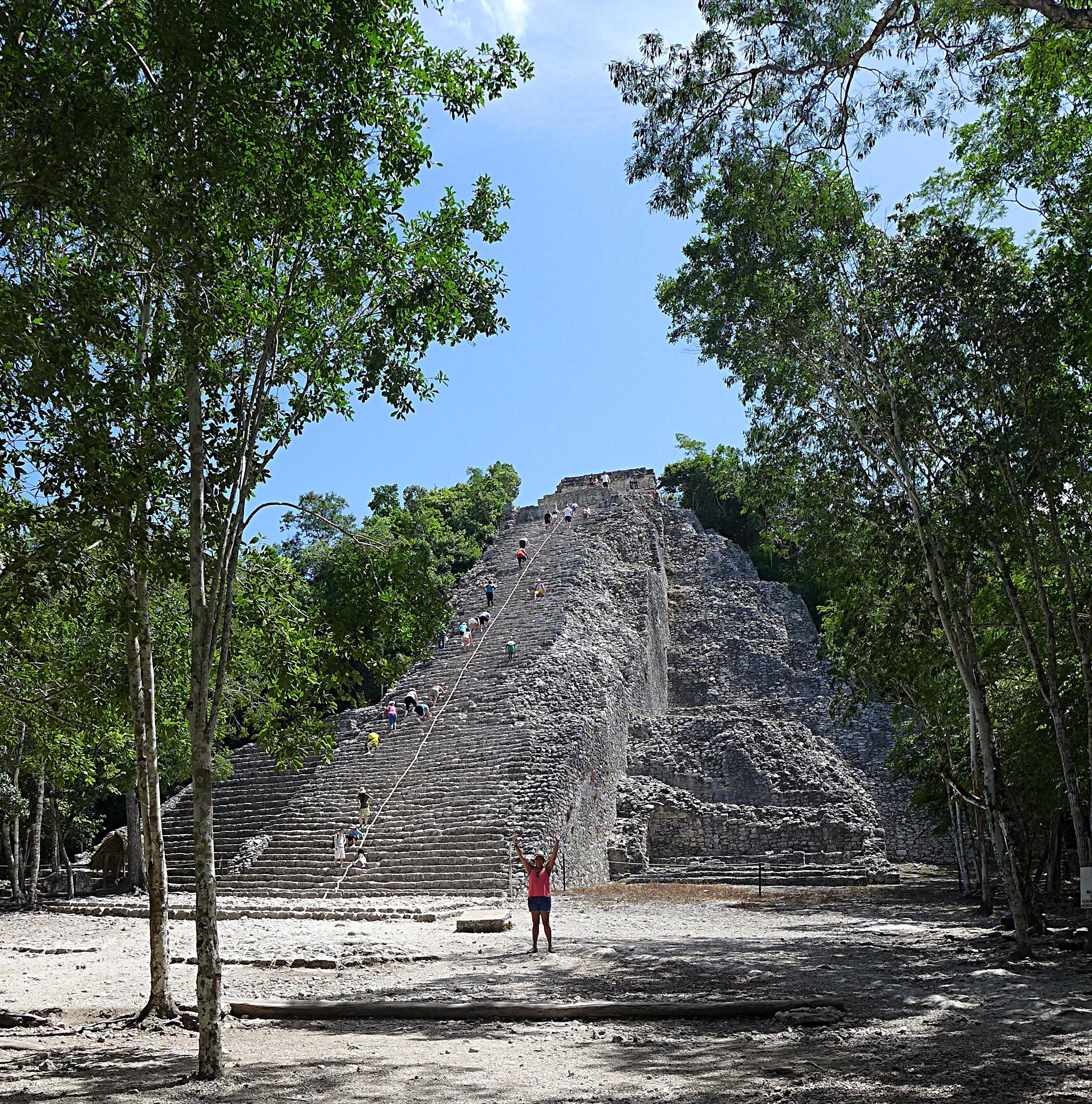 Pyramid Ixmoja
