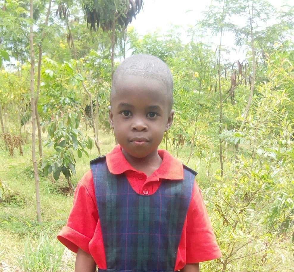 Stella - Jambo! Jambo! My name is Stella, I am 5 years old. I like eating rice with beef. I like reading and I enjoy playing with toys and learn drawing. What makes me happy is playing with my friends. I don't enjoy when am sick. When I grow up I would like to become a doctor.