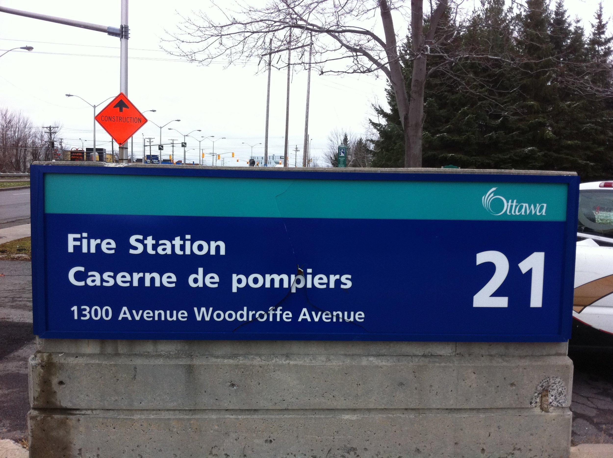 Signs.ca-Institutional-7