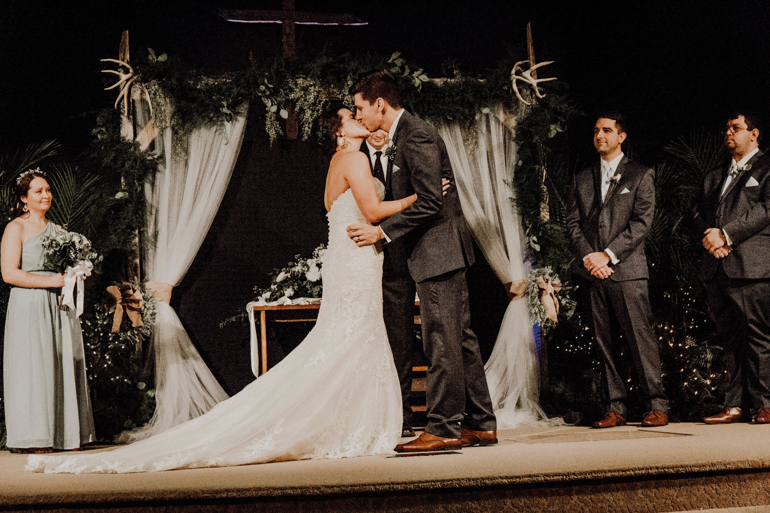 wedding (13 of 38).jpg