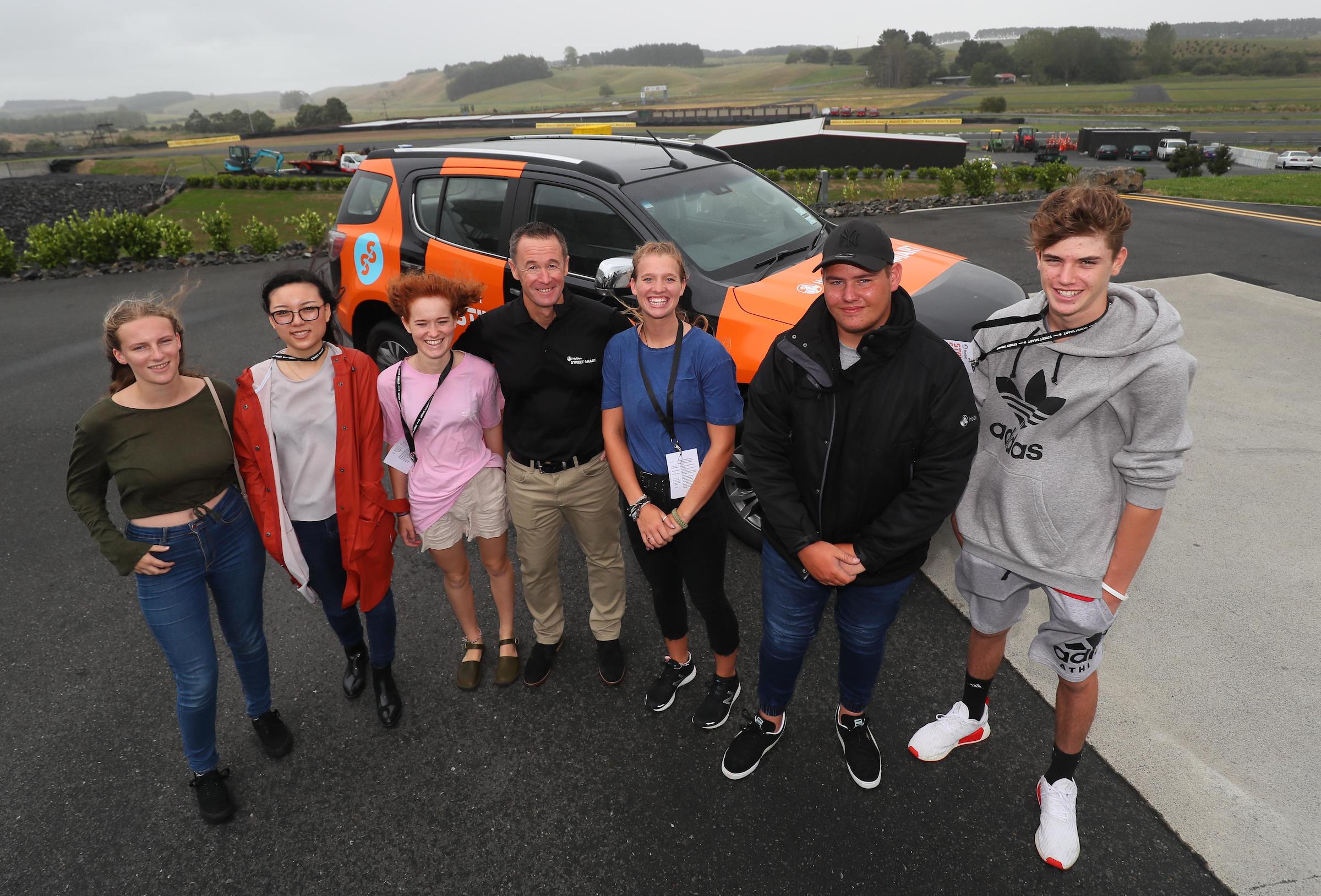 Greg Murphy with  Holden Street Smart participants.jpg