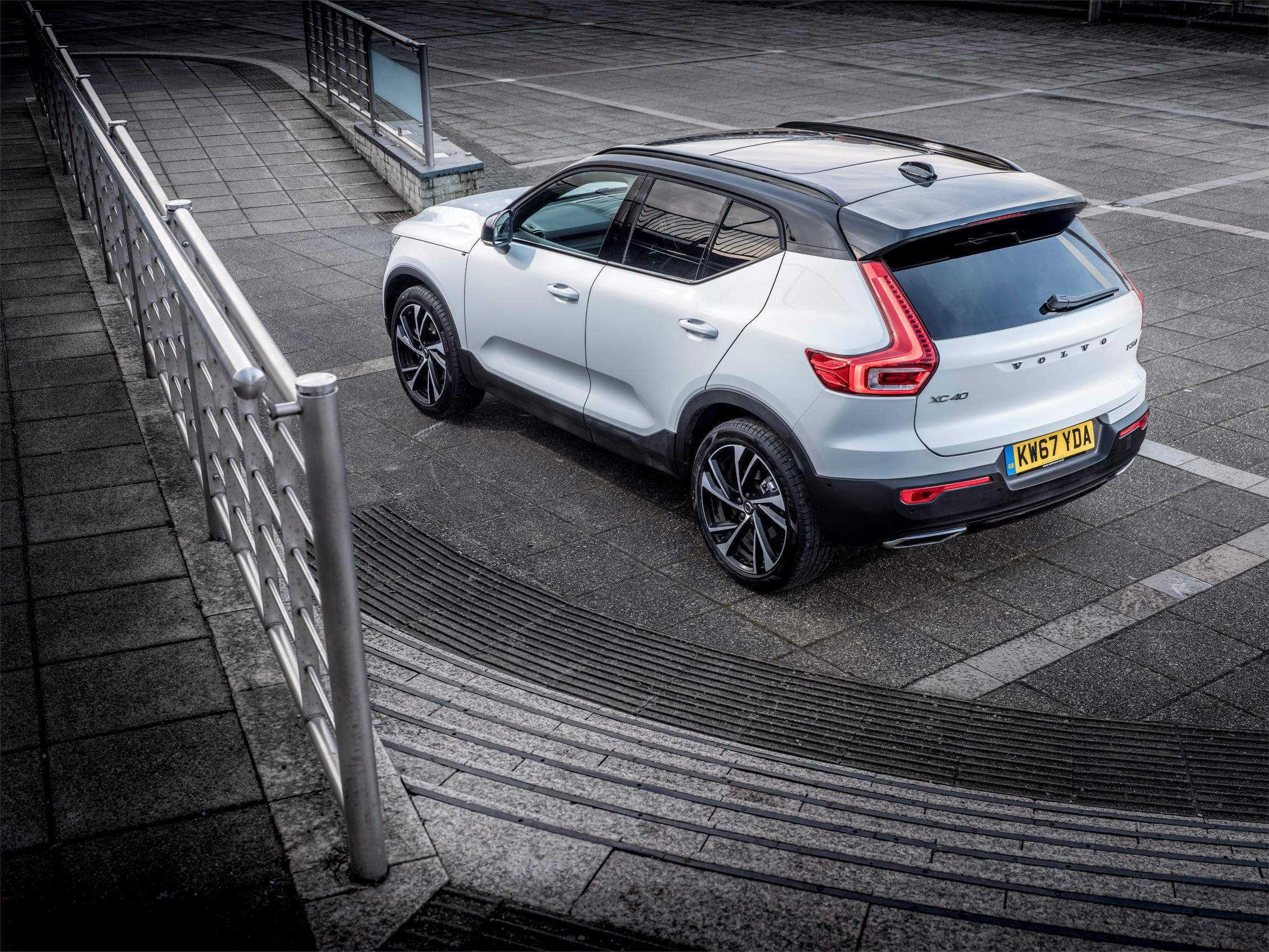 219661_Volvo_XC40_crowned_What_Car_Car_of_the_Year_2018.jpg