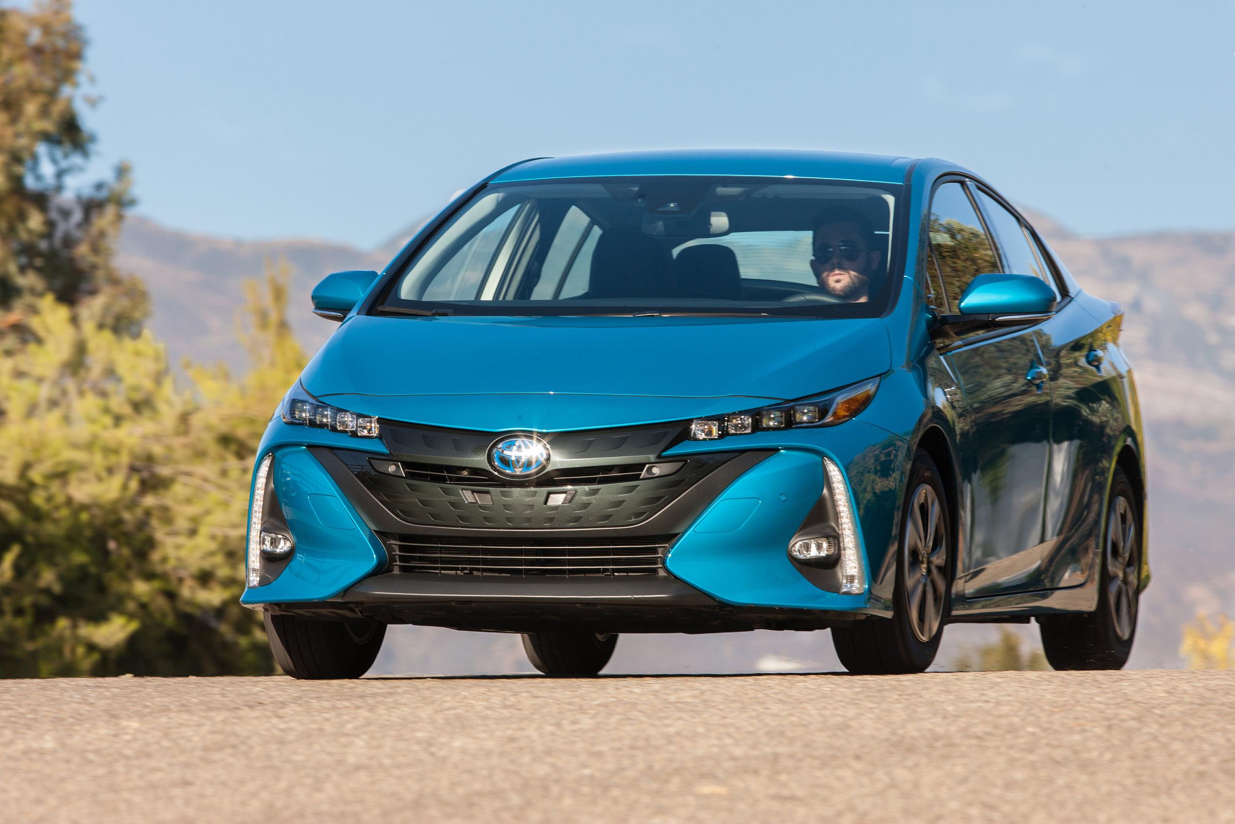 2017_Toyota_Prius_Prime_Advanced_007_C1199284E676BE169488CE1F66B50CDFF947957C.jpg