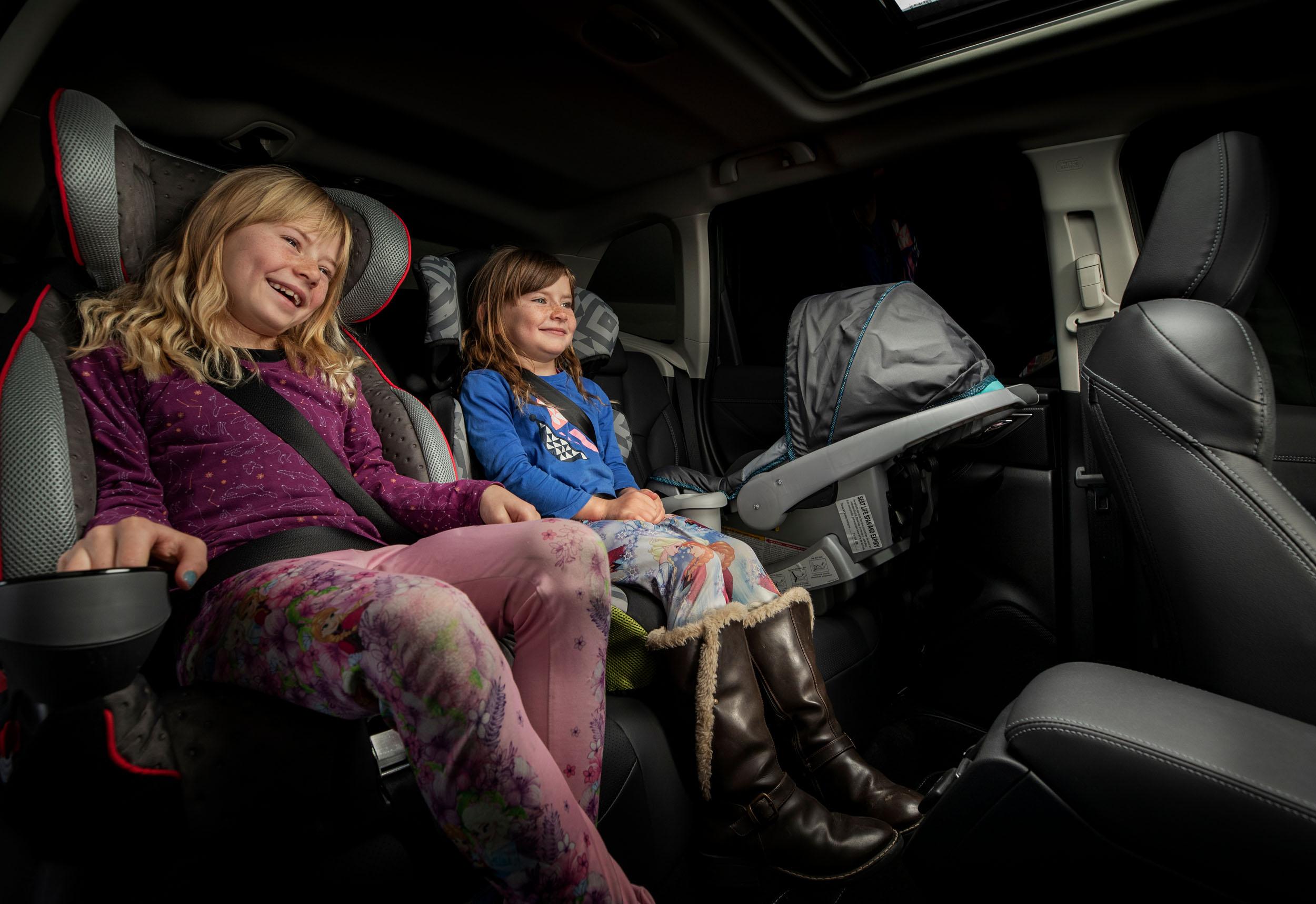 Subaru Forester 2.5 Premium interior LR 26.jpg