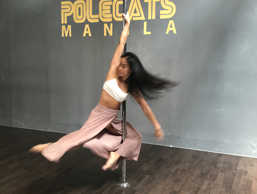 Spinny Pole - Beginners welcome, but not for first timers. It's pole class with an added edge! Learn how to control momentum and speed while doing tricks on a spinning pole. Learn techniques, moves, and trick combinations, all while keeping control of your force around the pole. Speed up, slow down, all in a day's workout!