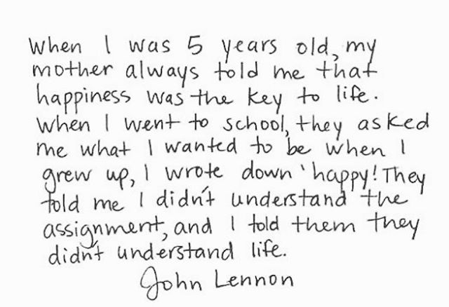 We love this quote from #johnlennon . . #quotestoliveby #quotesaboutlife #qotd #quotes #quoteoftheday #positivity #positivequotes #motivation #motivationalquotes #thebeatles #lifestyleblogger #mindbodysoul #isleena