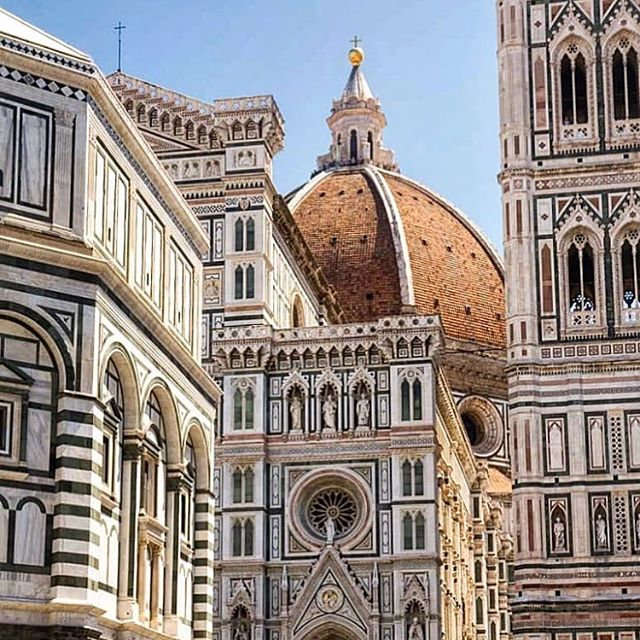 Florence 🇮🇹 . . . #florence #ilalia #italie #toscane #italian_city #europe #europecity #italy #italy🇮🇹 #italytravel #architecture #florence🇮🇹 #florencecity #florencecityitaly #lyoncandoit #eglise #firenze