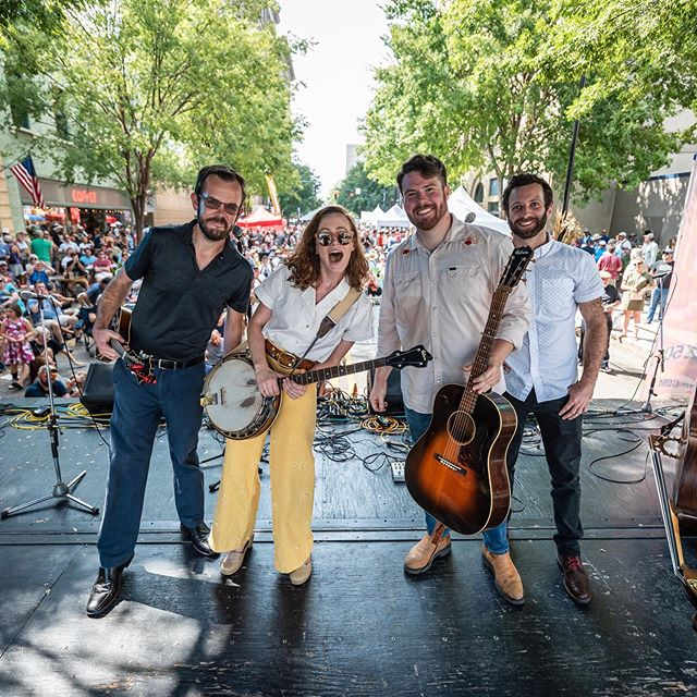 MARRY ME RALEIGH! Just kidding but I really do love you so much. Thank y'all for packing out our set today. It makes us so happy to play for y'all. Have a great rest of @intlbluegrass @pineconenc — the Rabbit Hutch is headed out for more shows 🚐 Photo by bluegrass friend and photo phenom @roblaughter