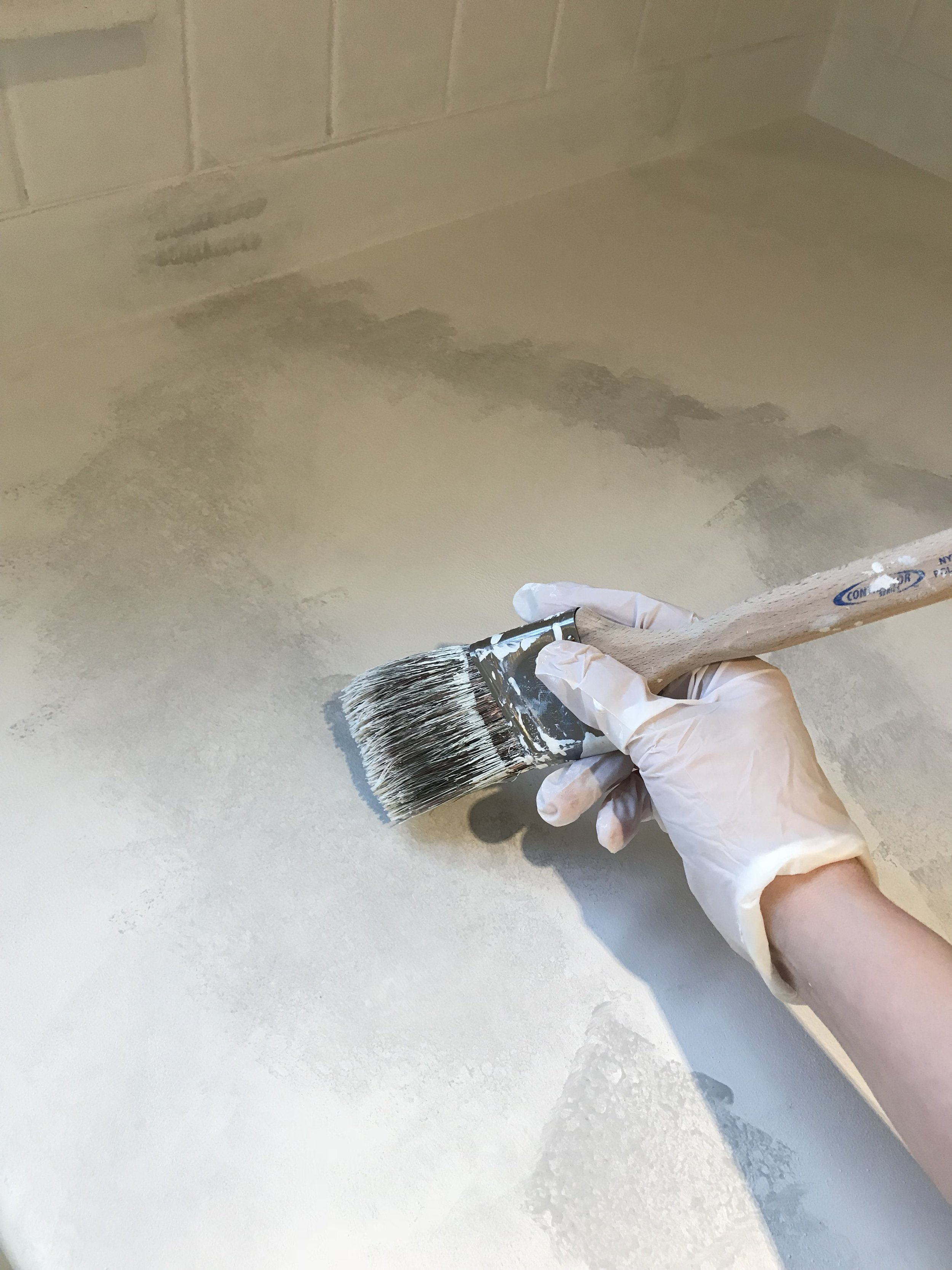 Dry brushing the sponge texture away