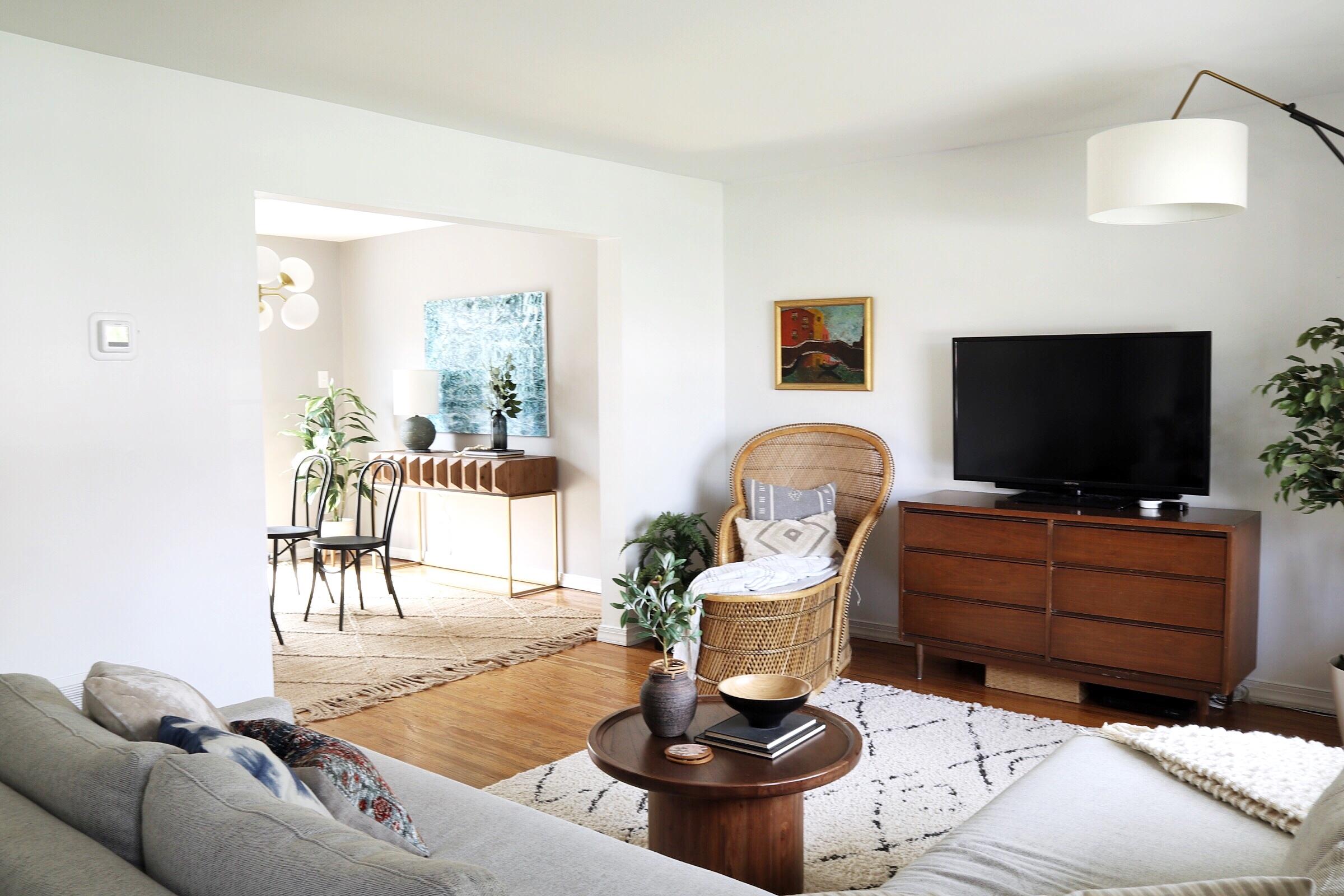 modern-mcm-eclectic-living-room.jpg