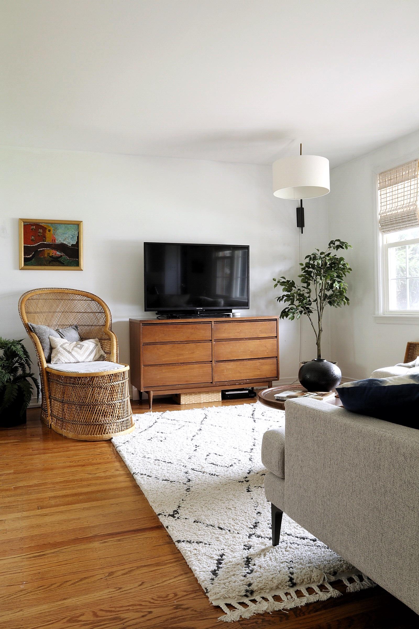 mid-century-modern-dress-tv-stand.jpg