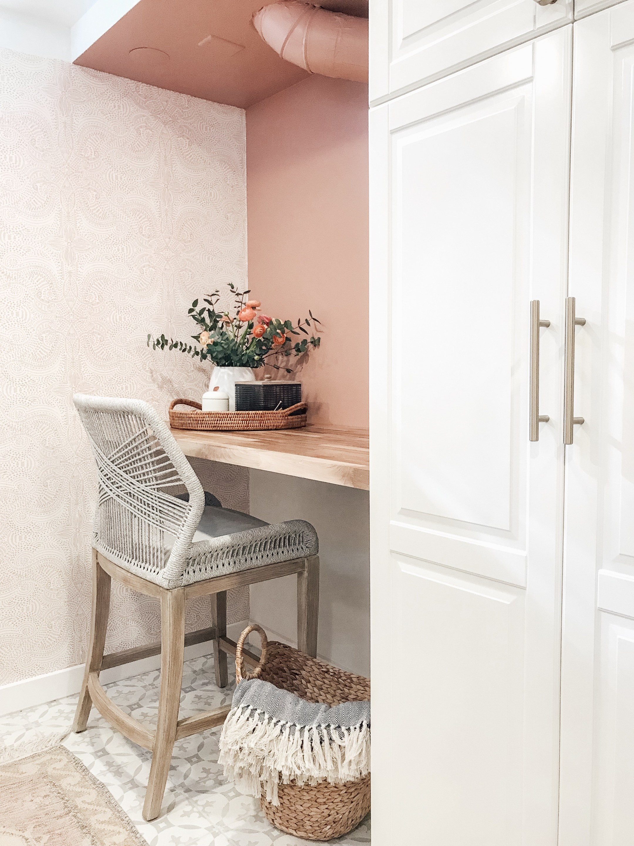 Blush Colored Glasses - Karly is making over her laundry room and I'm loving everything about it so far!! She just found an antique door that is to die forrrr!