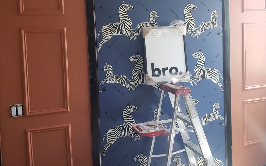 Craven Haven - My friend Mackenzie has been designing a nursery for her new little boy - expected in August! I'm obsessed with this combo of wallpaper + wall paint!
