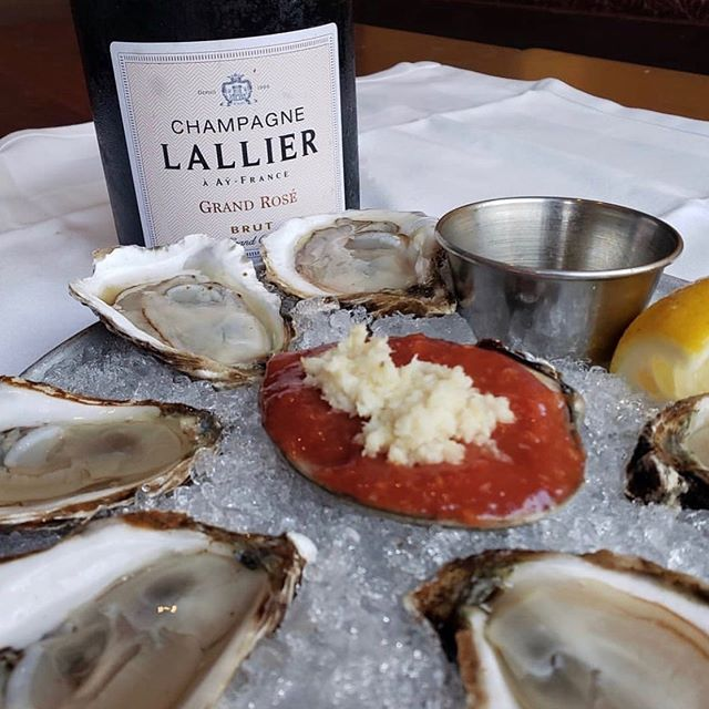 Tuesday's are all about fine dining in the city. @Aquagrillnyc says that #NewYorkOysterWeek pairs best with #Lallier #GrandRose #champagne  #oysterweek #NYOW #showandshell #oysters #sustainable #luxury