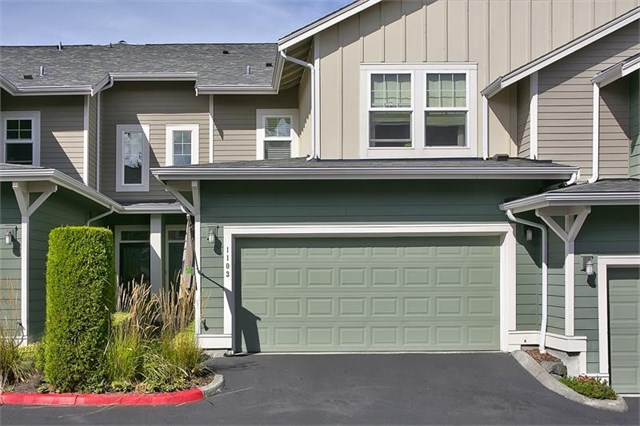 7806 Fairway Ave SE #1103 Snoqualmie | $393,000