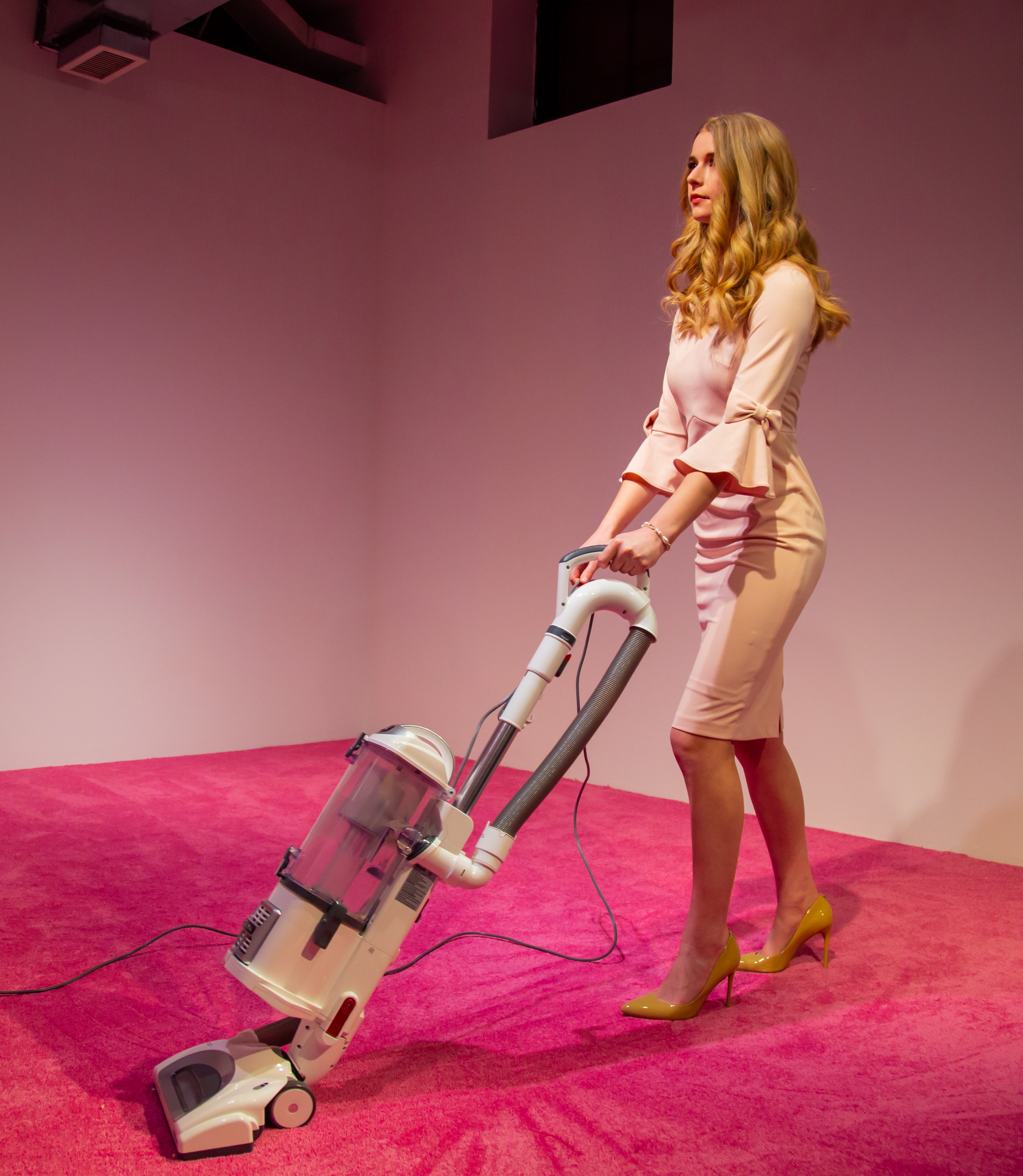Artist Jennifer Rubell Is Inviting Audiences to Throw Crumbs at an Ivanka Trump Lookalike While She Vacuums Them Up - artnet news, February 1, 2019