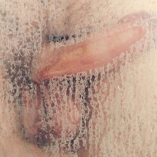 Well daaaaamn if that isn't beautiful (Regram @quesefodame ) #steamy #cocks #penisparty #penis #genitals #condensation #keepitwet #heyheynow #sex #sexeducation #domina_franco