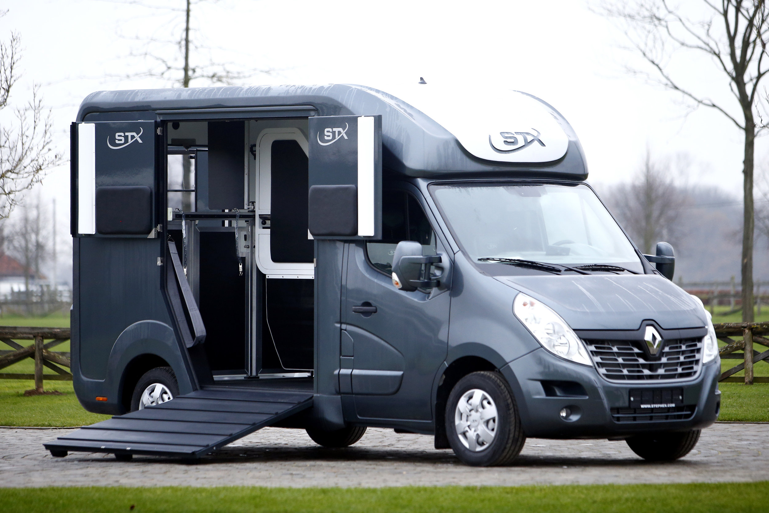 RENAULT MASTER - chassis