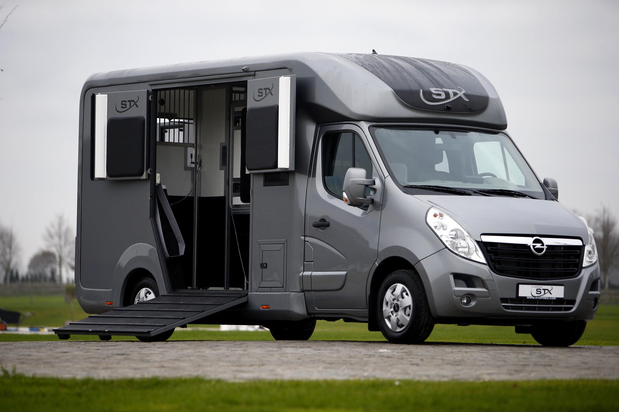 OPEL MONANO - chassis