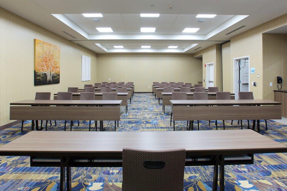 Meeting+Room+046.jpg