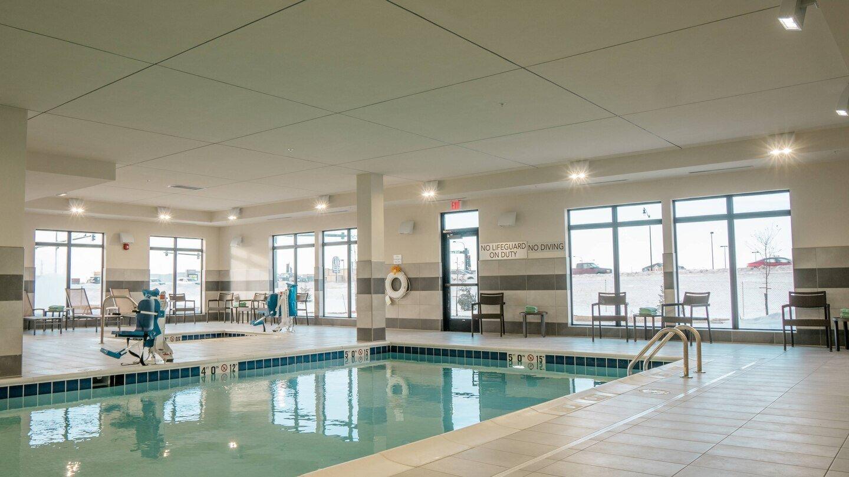 farcf-pool-5596-hor-wide.jpg