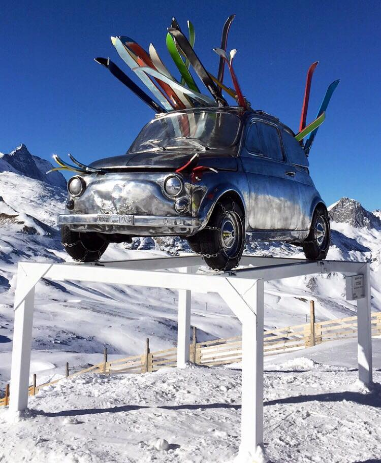 No wheels,just skis please! Careful parking in Val-d'Isère