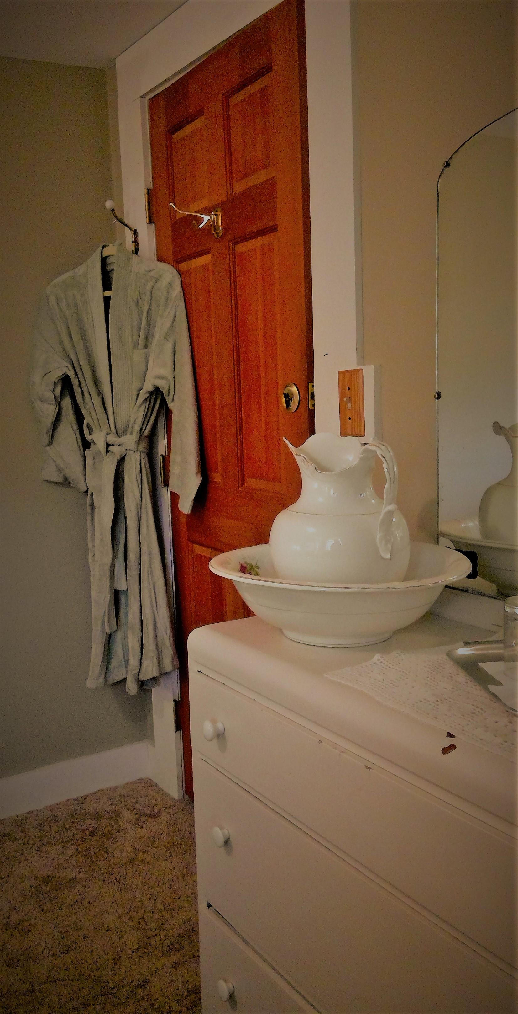 Room 1 vanity.jpg