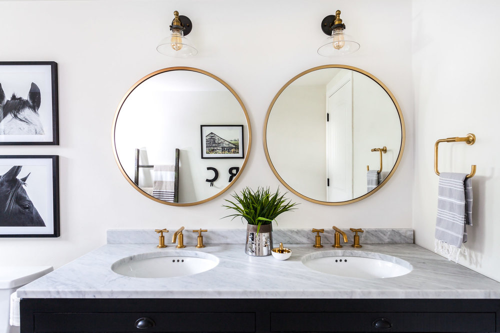 Bathroom Mirrors Are Going Full Circle, What Size Round Mirror For A 48 Vanity