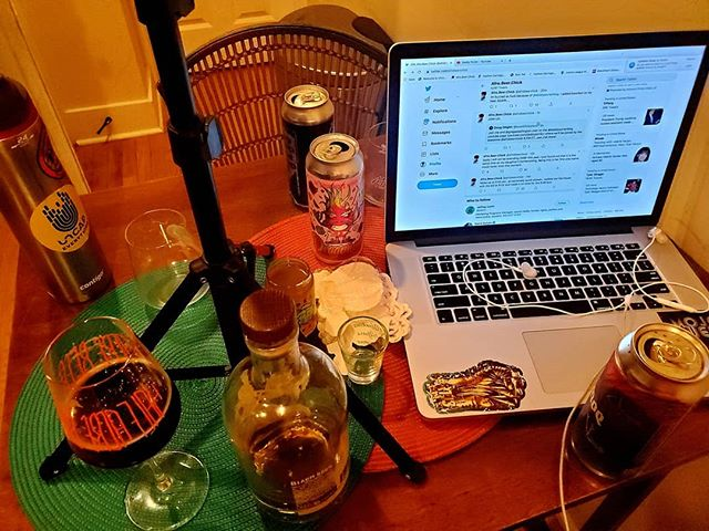 Podcasts give me the perfect reason to drink more than I should... 🤣🤣🤣 . . . #afrobeerchick #beerstagram #beersofinstagram #craftbeer #craftbeergirl #beergirl #beergirlsofinstagram #drinklocal #beeradvocate  #untappd #beershare  #ladiesthatlovecraft #beerme  #cheers #beergeek #beergeeks #craftbeernotcrap beer #blogger #drinkcraft #drinkcraftbeer #browngirlswhoblog  #blackpeoplelovebeer #brownpeoplelovebeer #beingblackincraft