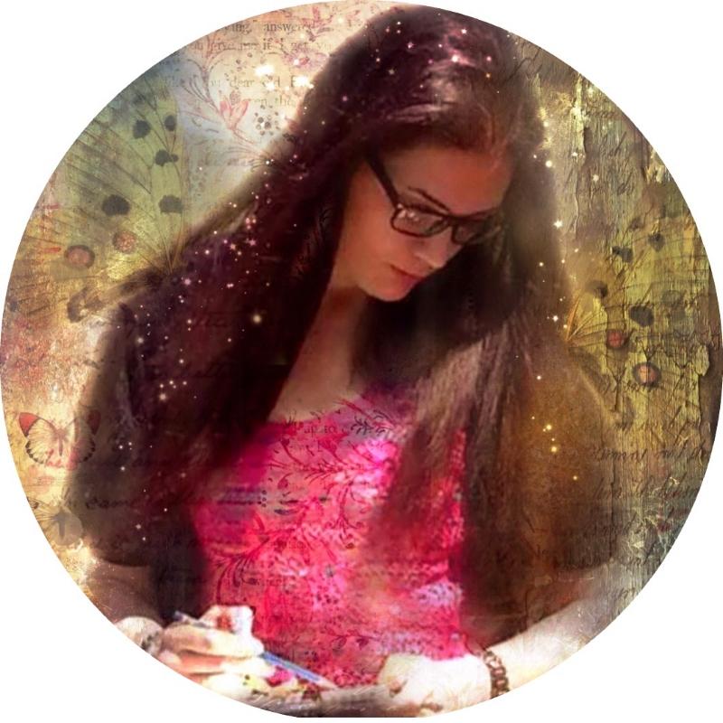 Jade Scarlett, Mixed Media Artist, Art Teacher, Online Instructor, Creativity Coach, Paint and Sip Teacher