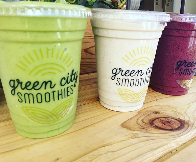 Smoothie weather is our favorite weather ☀️ Open around 9:30 today. I have a SPECIAL coming up tomorrow for our last weekend open as a food cart... so stay tuned 😉🌱 GCS: eat real food, spread real love, pet all the animals. • • • • • #greencitysmoothies #eatrealfood #portland #oregon #pdx #pxdfoodcarts #pdxvegans #portlandvegans #pnw #pnwvegans #pdxeats #portlandfoodie #portlandfoodcarts #portlandfood #veganism #vegan #vegansofig #plantbased #govegan  #savetheanimals #savetheplanet #vegan #stumptownvegans #portlandoregon #healthy #smoothies #bestfoodportland #eaterpdx
