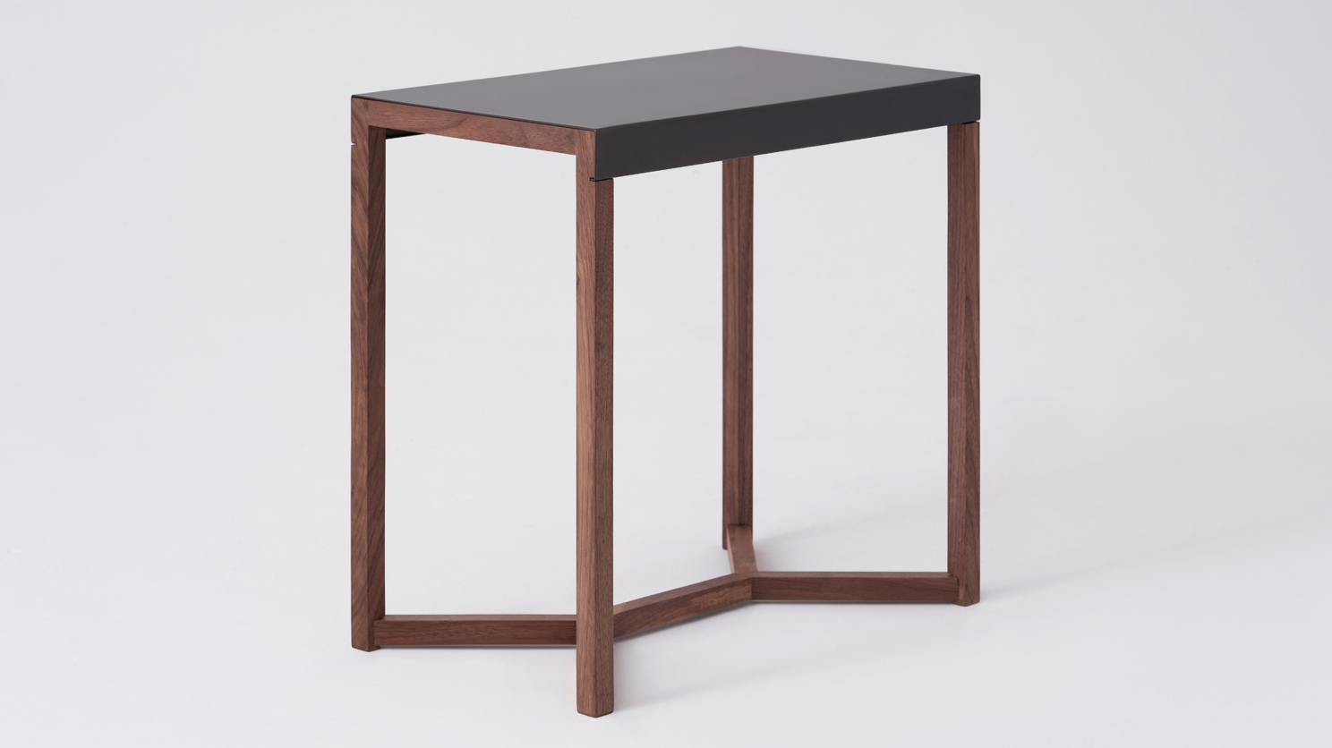 Strand Magazine Table M Collection Home