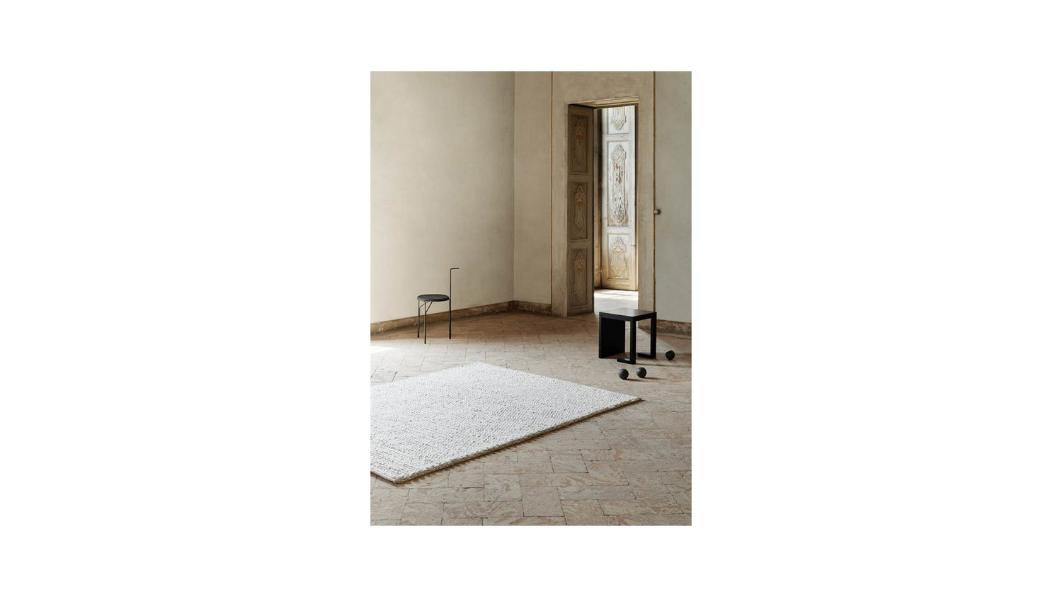 Comfort Rug - Silver — M Collection Home