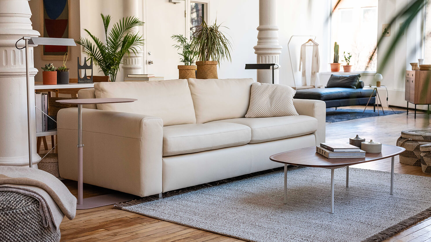 Reeva Sofa Bed - Full Size Mattress - Leather — M Collection Home