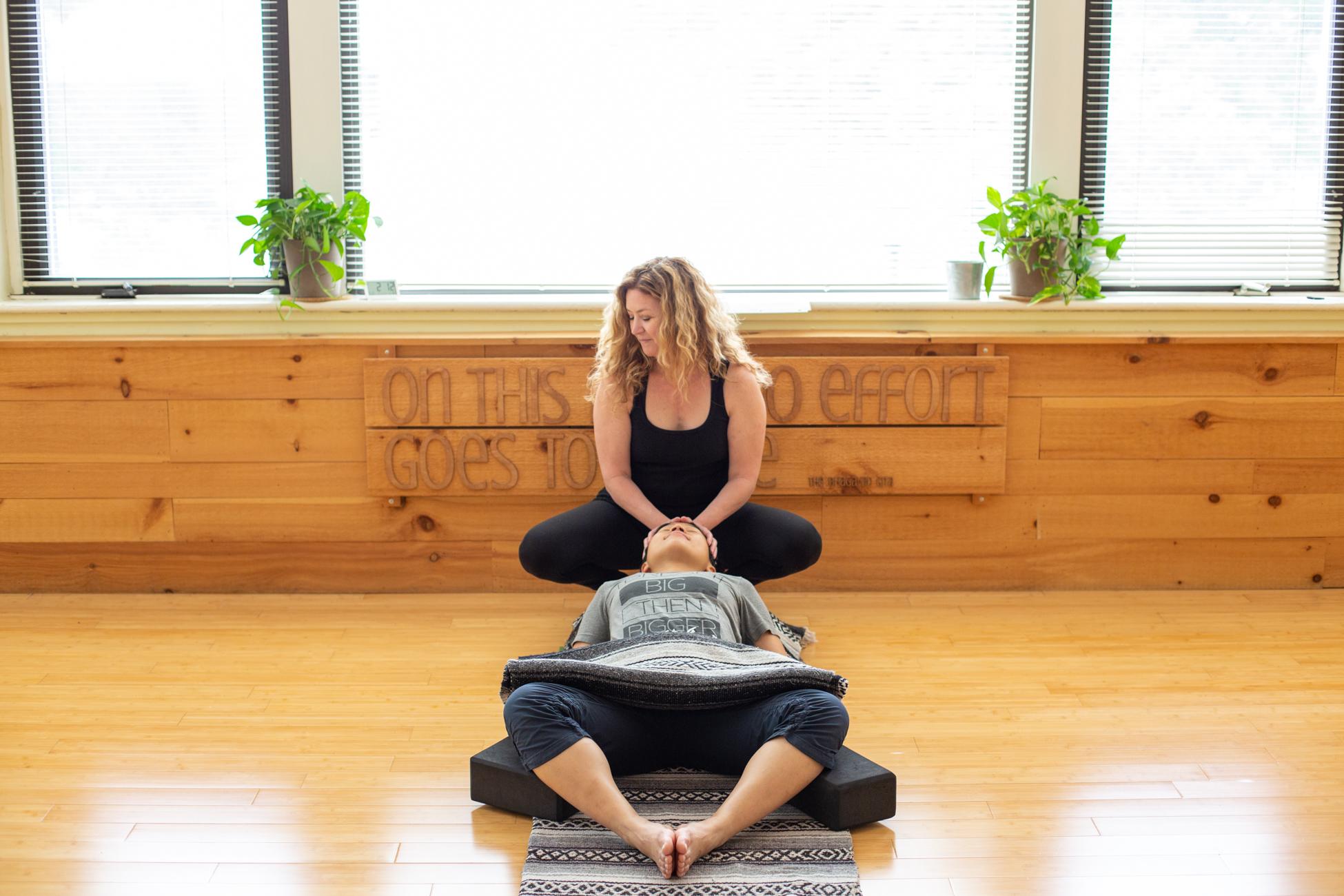 Katy Kern by Avi Loren Fox LLC at the Yoga Garden Narberth-13.jpg