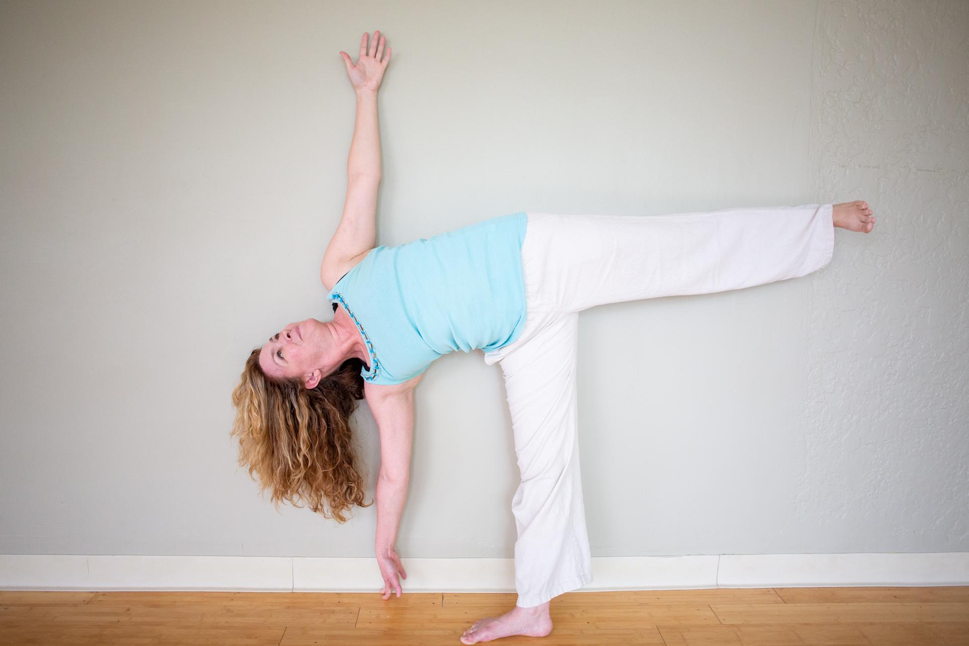 Katy Kern by Avi Loren Fox LLC at the Yoga Garden Narberth-35.jpg