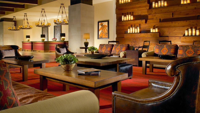 ftwdtn-omni-fort-worth-hotel-lobby-1.jpg