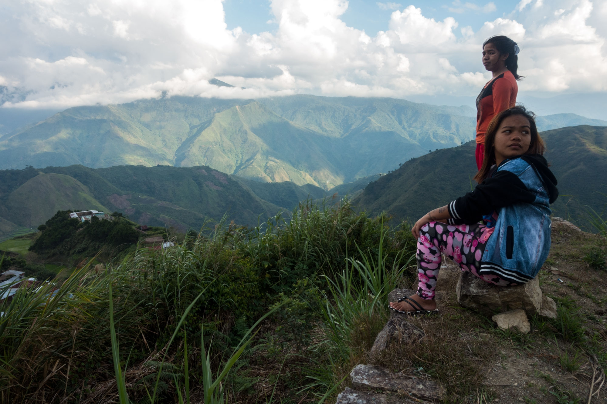 Jasmine and Jemima in the rice terraces above Buscalan