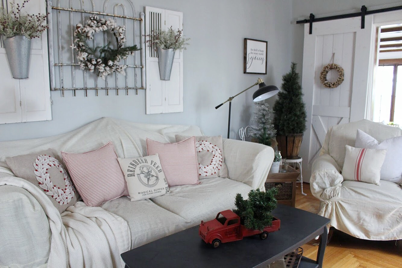christmas living room corner