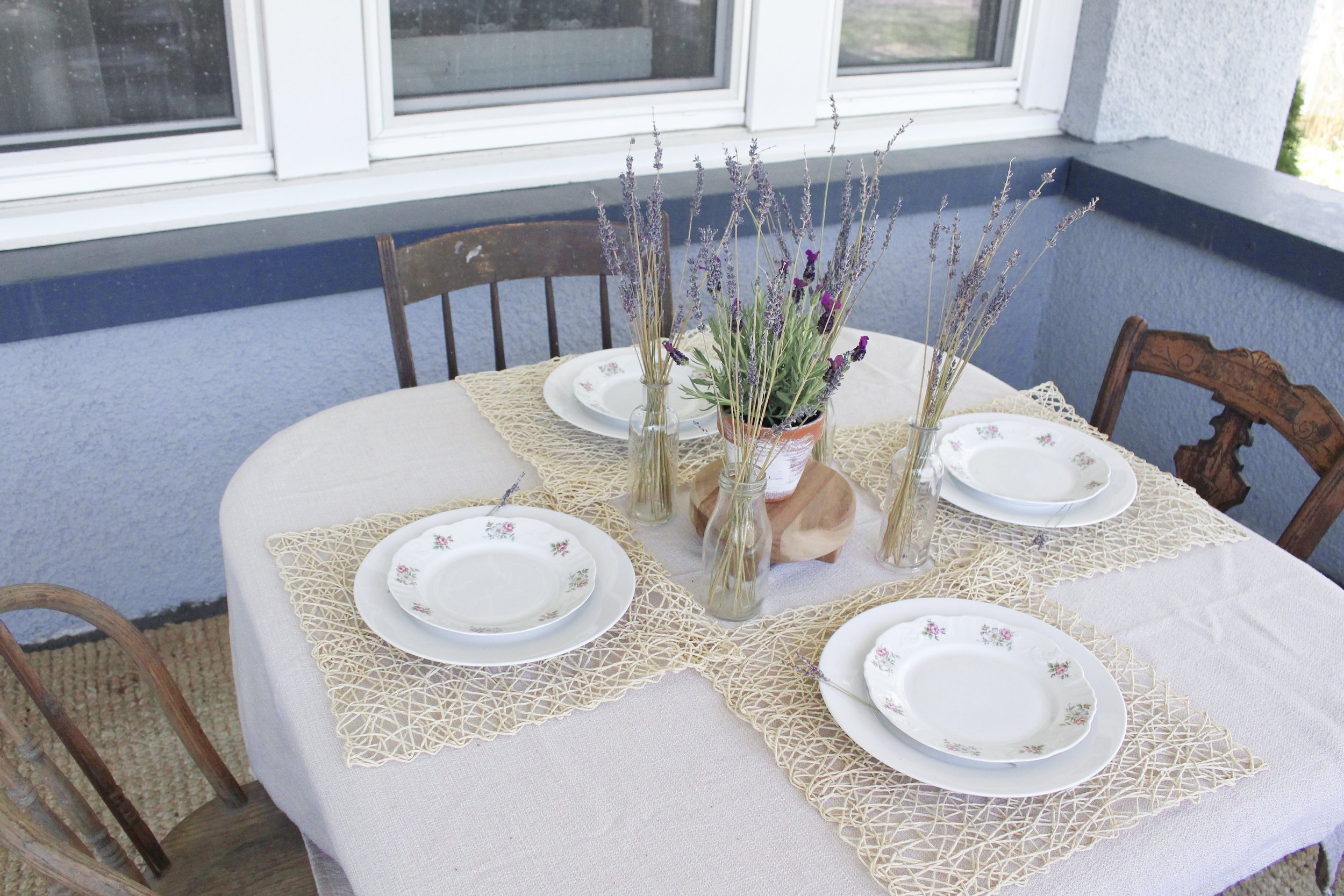 Overview of the tablescape