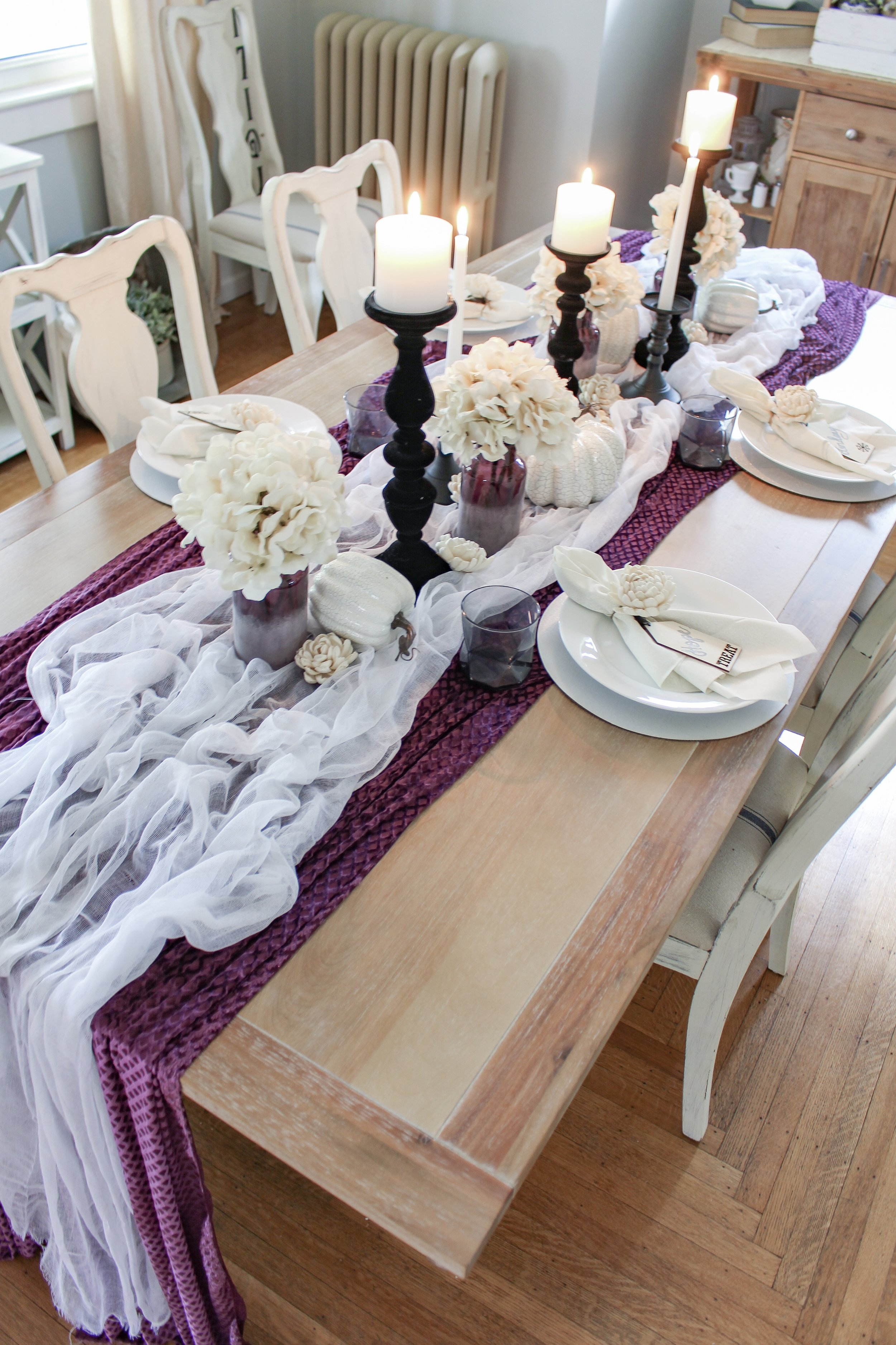 Halloween tablescape idea