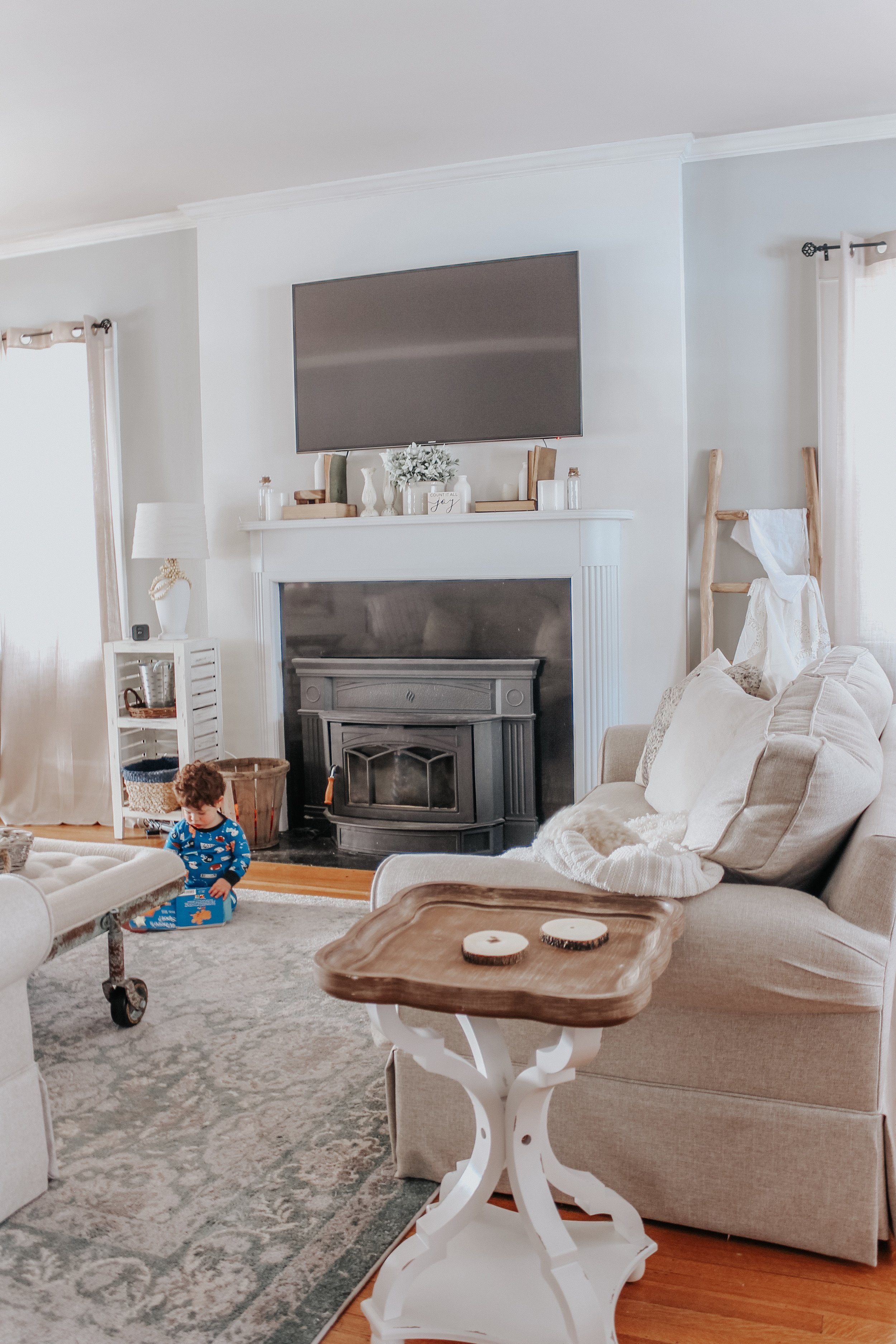 Fireplace and mantle decor