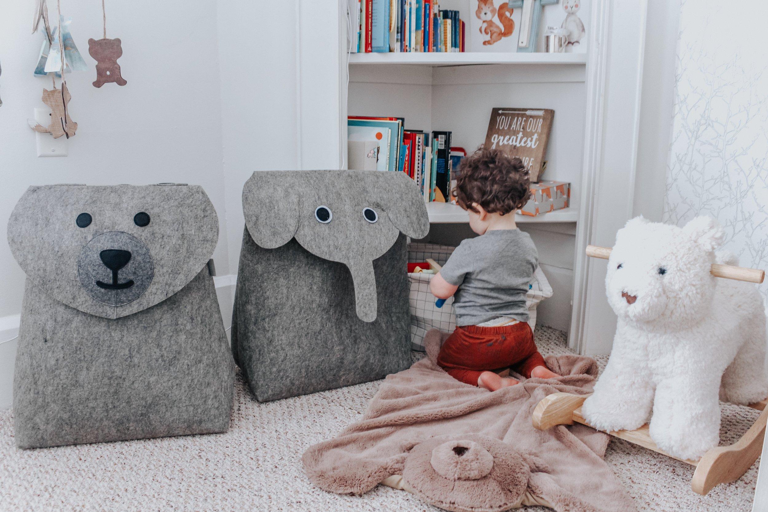 Nursery toys organized