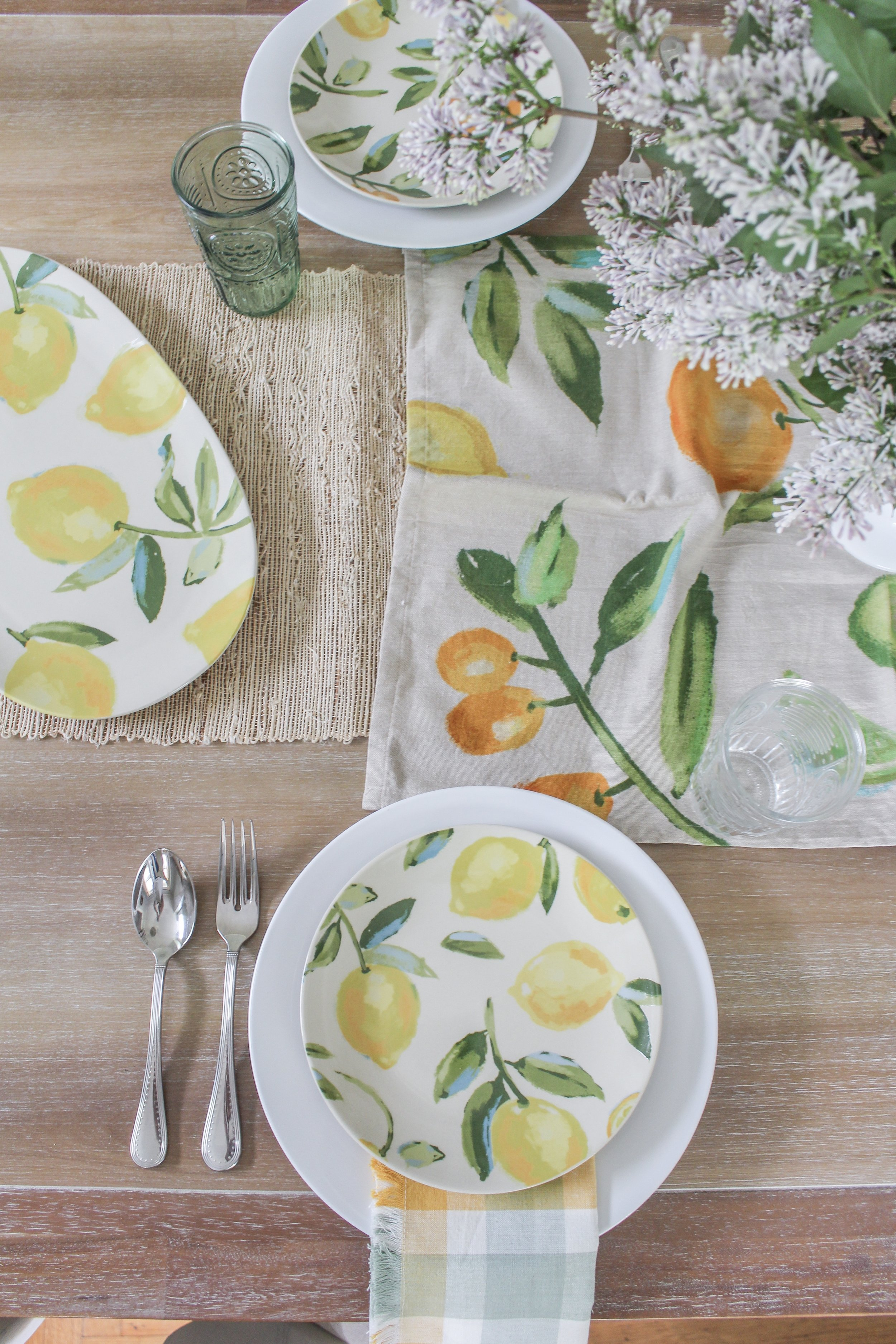 Summer place settings