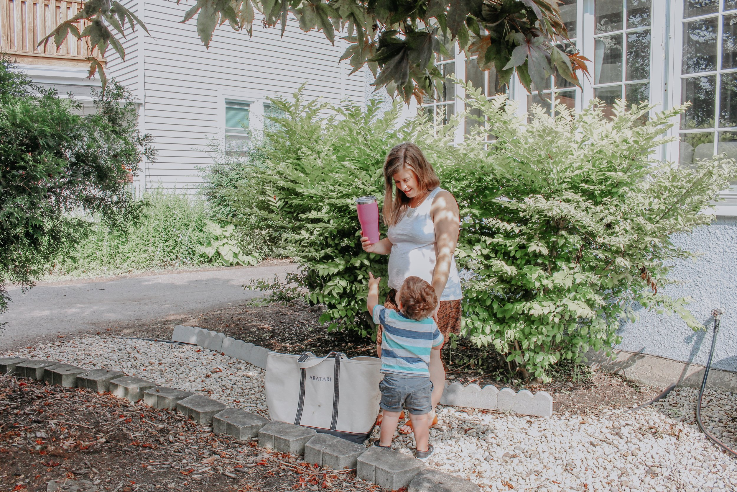 Summer bag and water bottle
