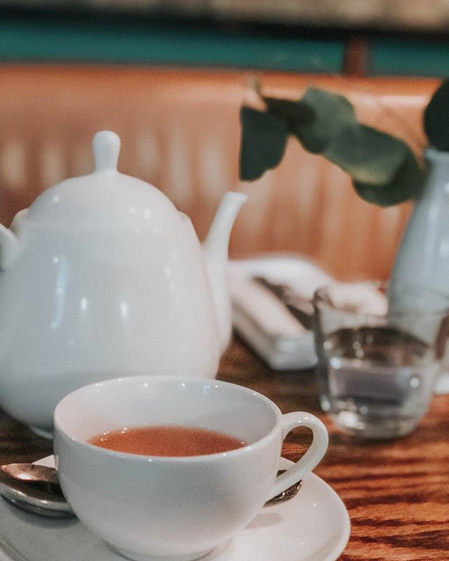 Monday has me craving tea, a quiet corner, and a good book. Any good summer reading recommendations??