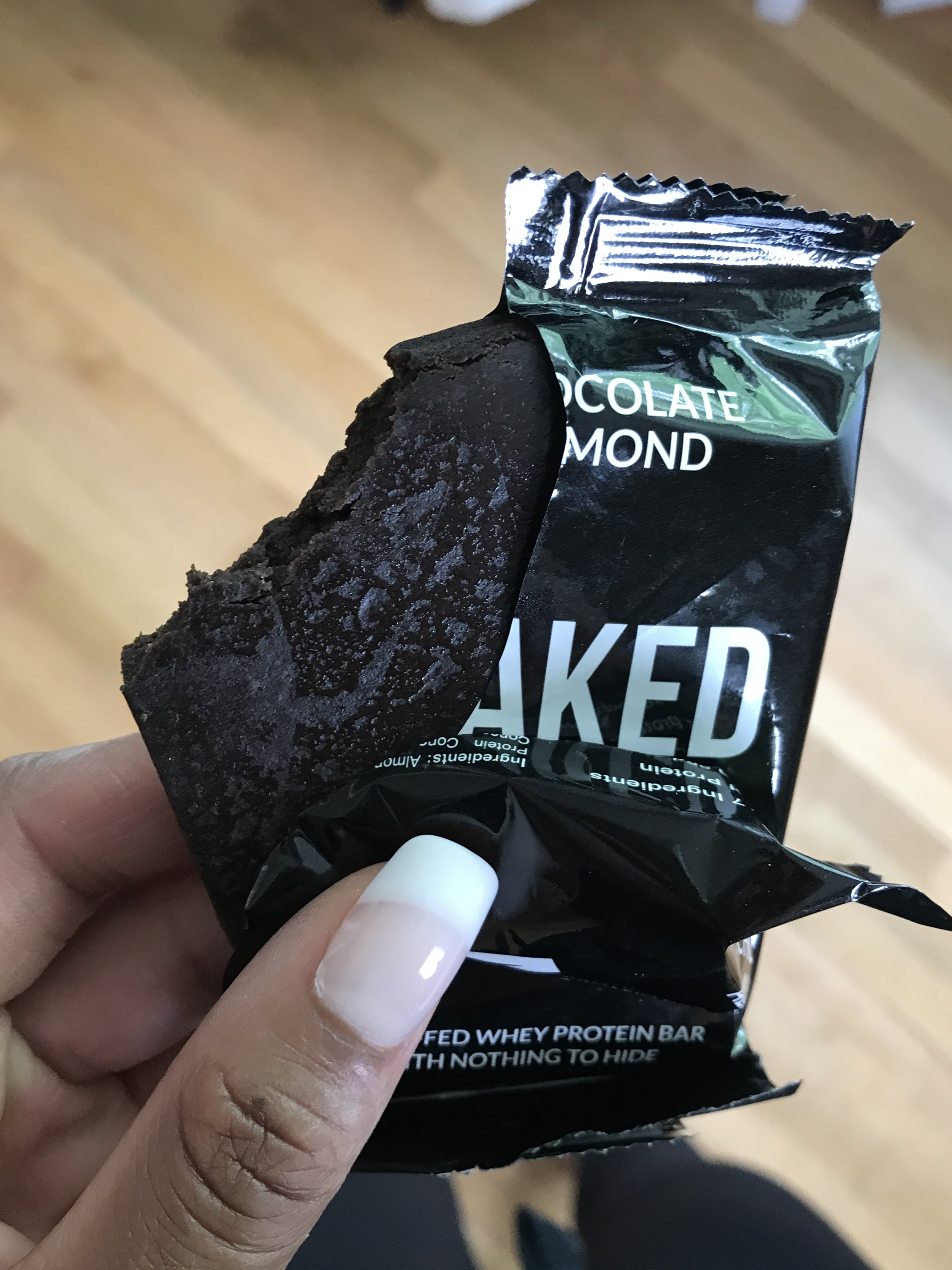 naked-nutrition-gluten-free-protein-bar-review-3.jpg